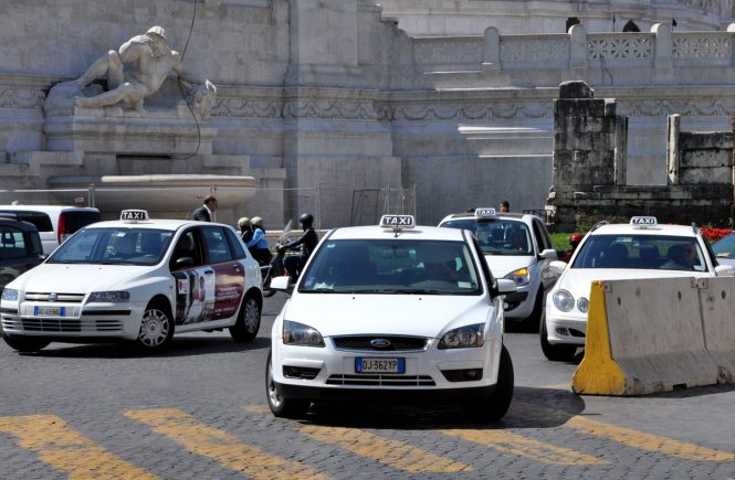 Why you should never take a taxi from Ciampino to Rome