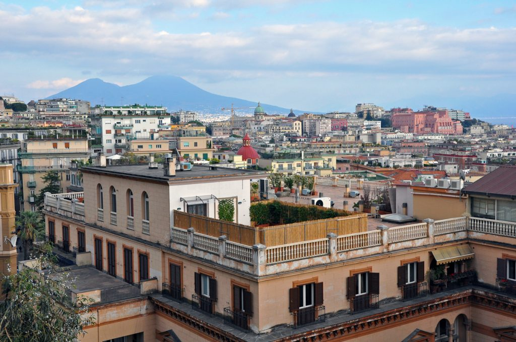 Why take a day trip from Rome to Naples?