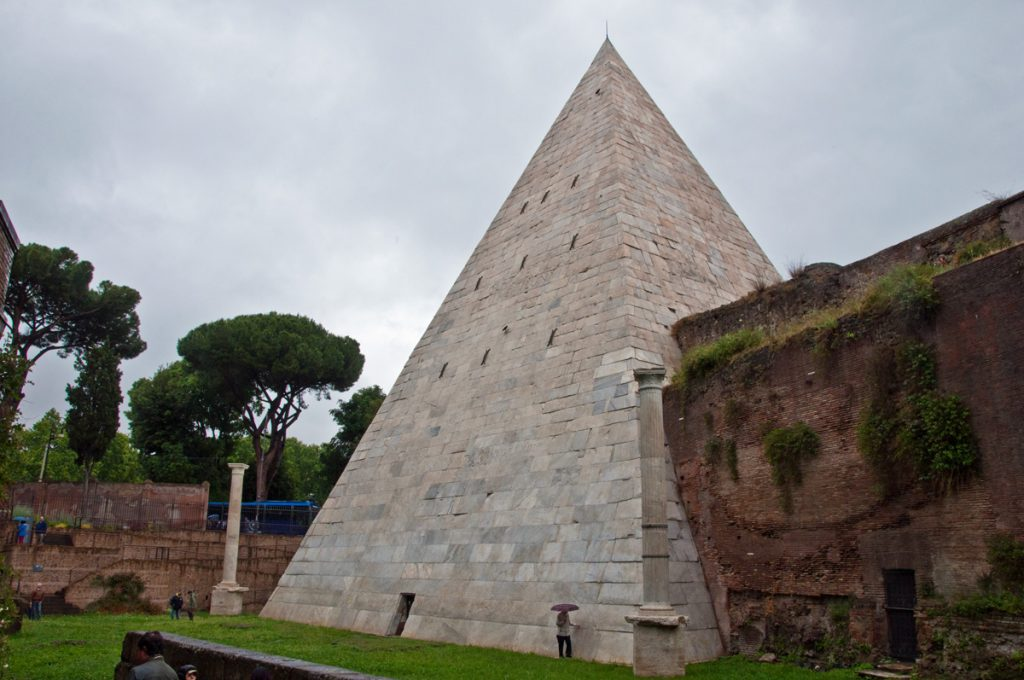 What to do in Rome when you've done everything - the pyramid